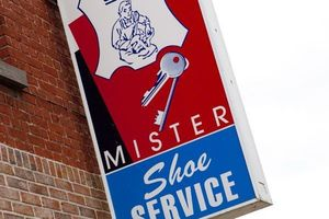 Mister Shoe Keyline Center - Services